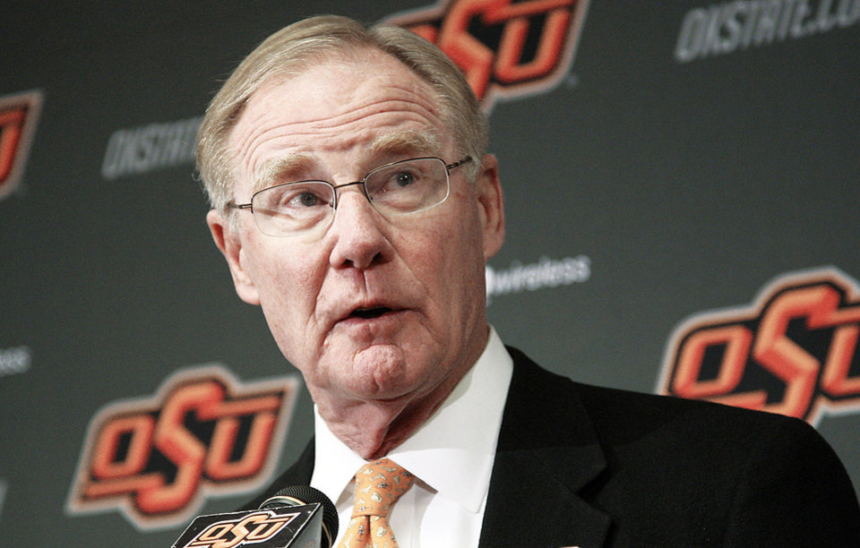 Photo - FILE - In this Friday, Nov. 18, 2011 file photo, Oklahoma State University president Burns Hargis speaks during a news conference in Stillwater, Okla. Chesapeake Energy Corp. shareholders showed their displeasure with the company's board by withholding support for two directors up for re-election at Friday's annual meeting. Both directors have tendered their resignation. Hargis is one of the two directors who resigned Friday. (AP Photo/Sue Ogrocki, File) ORG XMIT: OKSO105