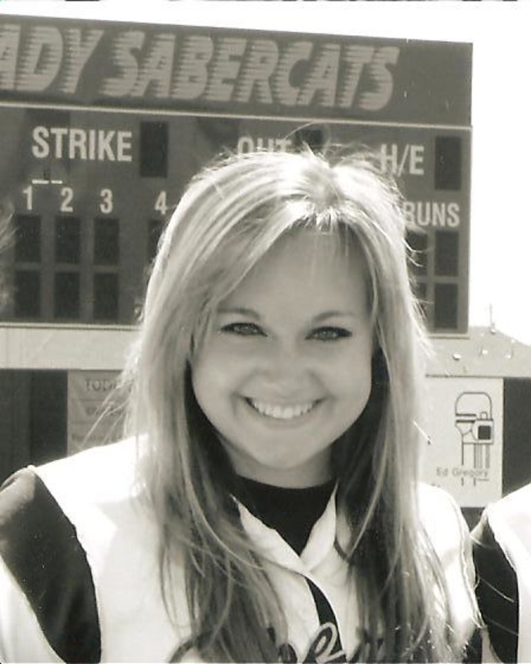 Photo - Brittany James, Southmoore High School softball player   ORG XMIT: 0906032150309009