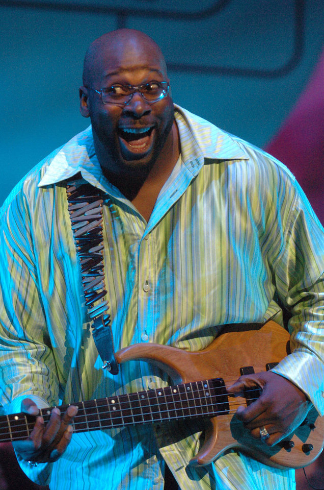 "Wayman Tisdale at the Earth,Wind and Fire ""Grammy Jam"" event held at The Wiltern LG in Los Angeles, Ca. Saturday Dec. 11, 2004.(AP Photo/Phil McCarten)"