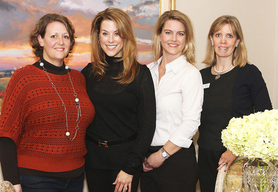Photo - Wendy Mounger, Christi Coyle, Jenifer Stehr, Cristi Reiger.