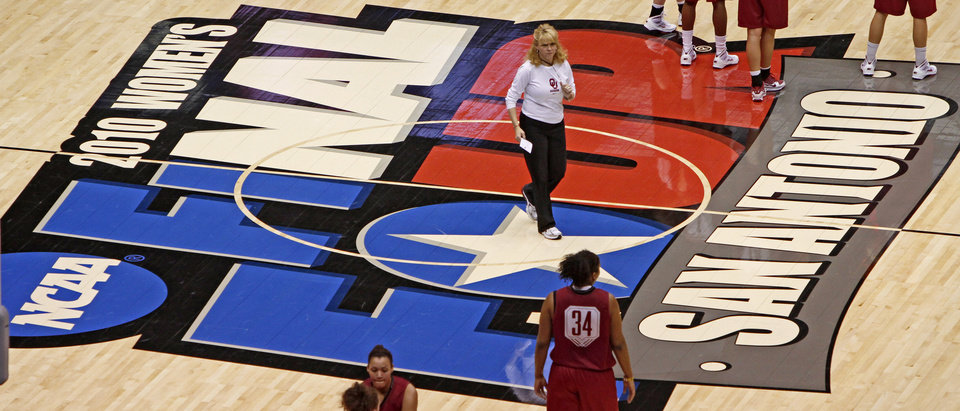 OU coach Sherri Coale walks across the floor during practice for the Final Four of the NCAA women's  basketball tournament at the Alamodome in San Antonio, Texas., on Saturday, April 3, 2010.  The University of Oklahoma will play Stanford on Sunday, April 4, 2010.