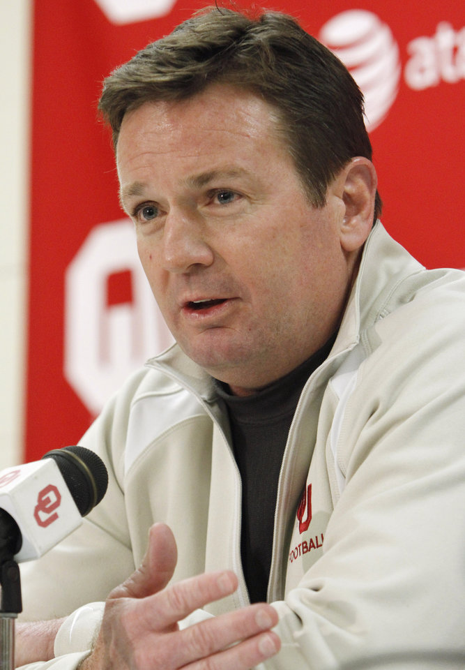 University of Oklahoma Sooner (OU) head football coach Bob Stoops talks about his recruiting class at the Lloyd Noble Center on Wednesday, February 2, 2011, in Norman, Okla. Photo by Steve Sisney, The Oklahoman