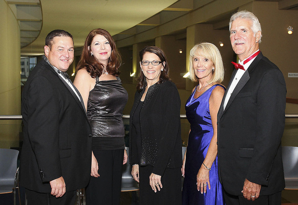 Photo - Mike Little, Jennifer Little, Susan Adams, Sue and Bill Horrocks.