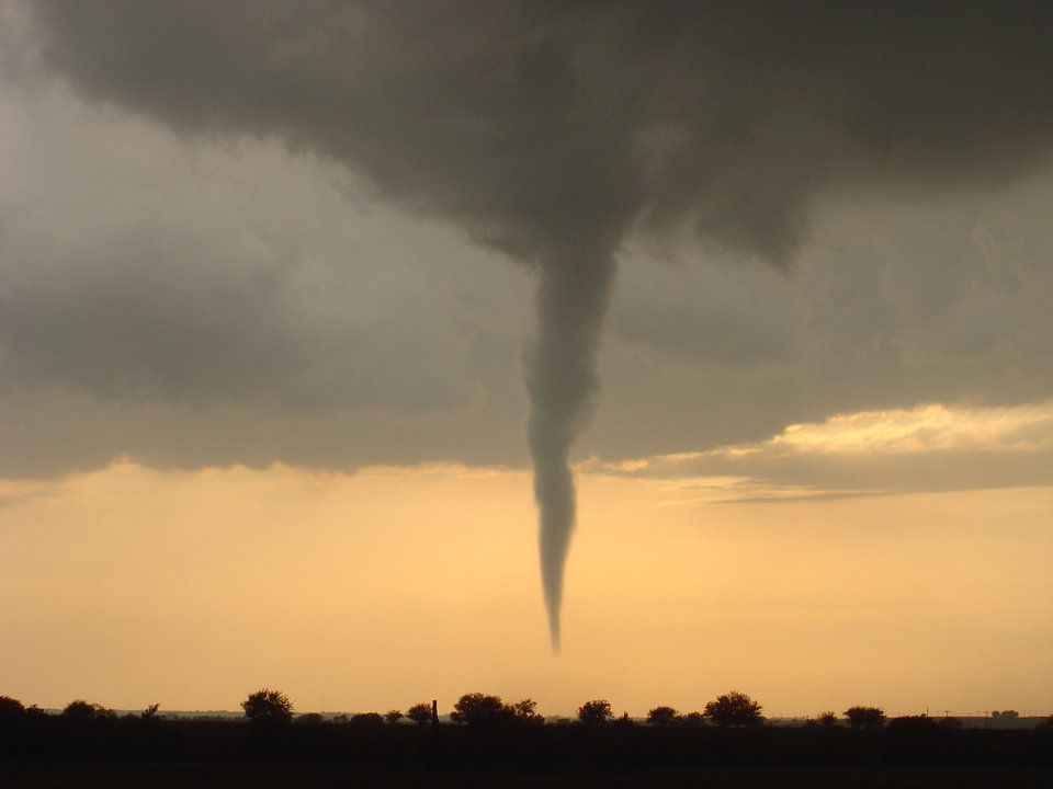 Picture of the El Reno tornado 4-24-06 behind the Wal-Mart Community Photo By: Boyd Stuckey Submitted By: boyd, mustang