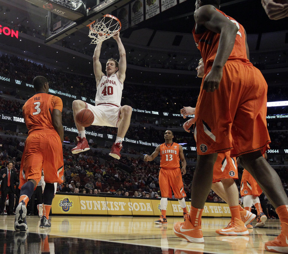 Indiana\'s Cody Zeller (40) dunks during the second half of an NCAA college basketball game at the Big Ten tournament against Illinois Friday, March 15, 2013, in Chicago. Indiana won 80-64. (AP Photo/Nam Y. Huh) ORG XMIT: ILMG119
