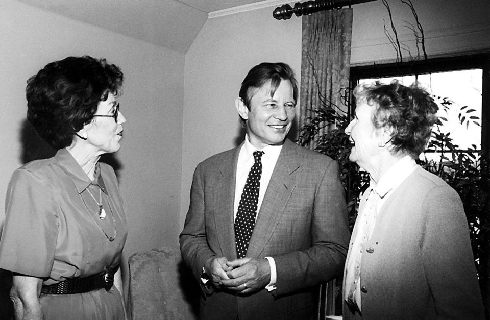 Lois Joseph, actor Michael York and former Mayor Patience Latting.