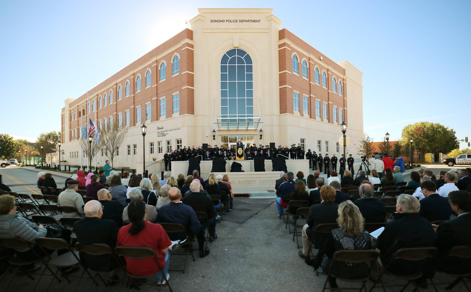 Photo -  October dedication ceremonies at Edmond's new nearly $37 million public safety center at Littler Avenue and First Street. [PHOTO BY DOUG HOKE, THE OKLAHOMAN]
