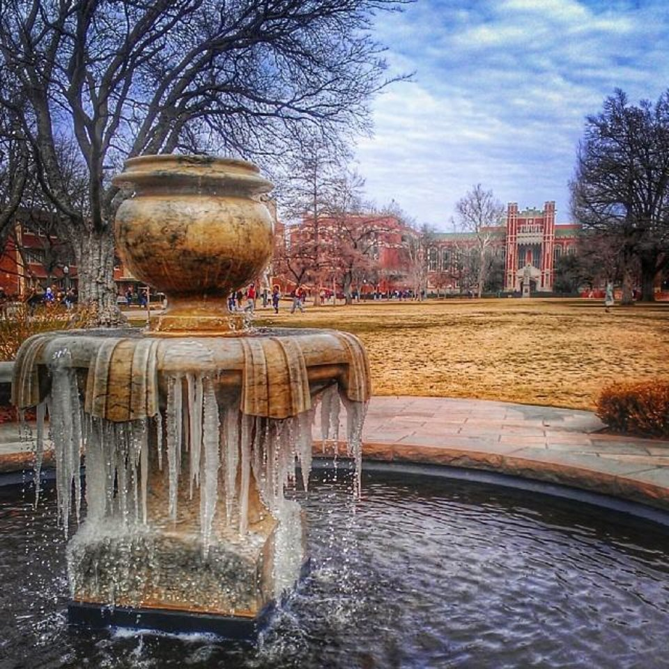 Frozen fountain at OU photo via Instagrammer @kerwin_moore