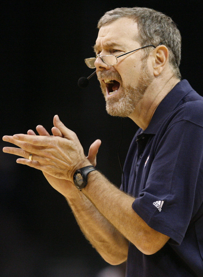 Head coach P.J. Carlesimo gives instructions to his team during the open practice for the Oklahoma City Thunder NBA basketball team at the Ford Center in Oklahoma City, Monday, October 20, 2008. BY NATE BILLINGS, THE OKLAHOMAN
