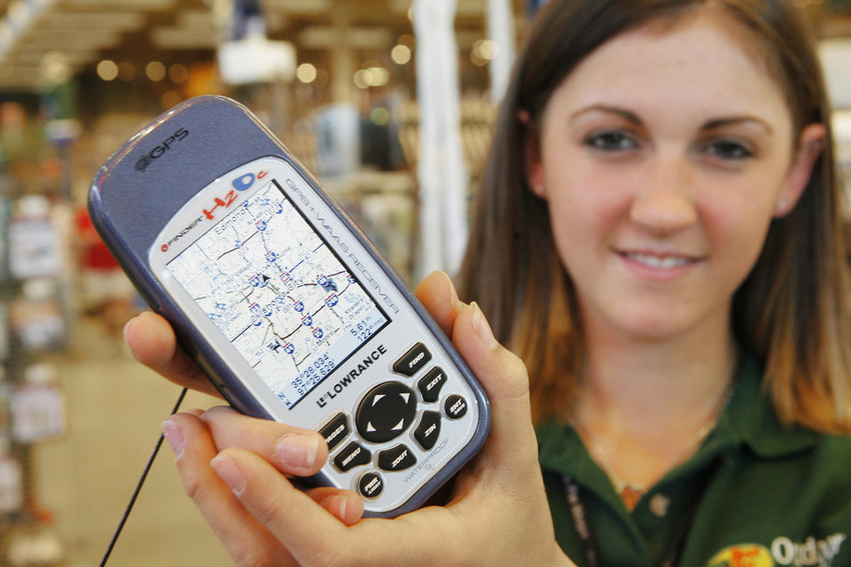 Photo -  Team Leader of Marine Megan Henson with a GPS at Bass Pro in Oklahoma City, Wednesday, September 12, 2007. Goes with Ed Godfrey story.   BY DAVID MCDANIEL, THE OKLAHOMAN.