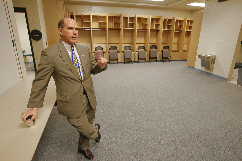 Photo - General Manager Gary Desjardins in the visitors locker room at the Ford Center on the remodeling tour, Thursday, February 7, 2008.   BY DAVID MCDANIEL, THE OKLAHOMAN    ORG XMIT: KOD