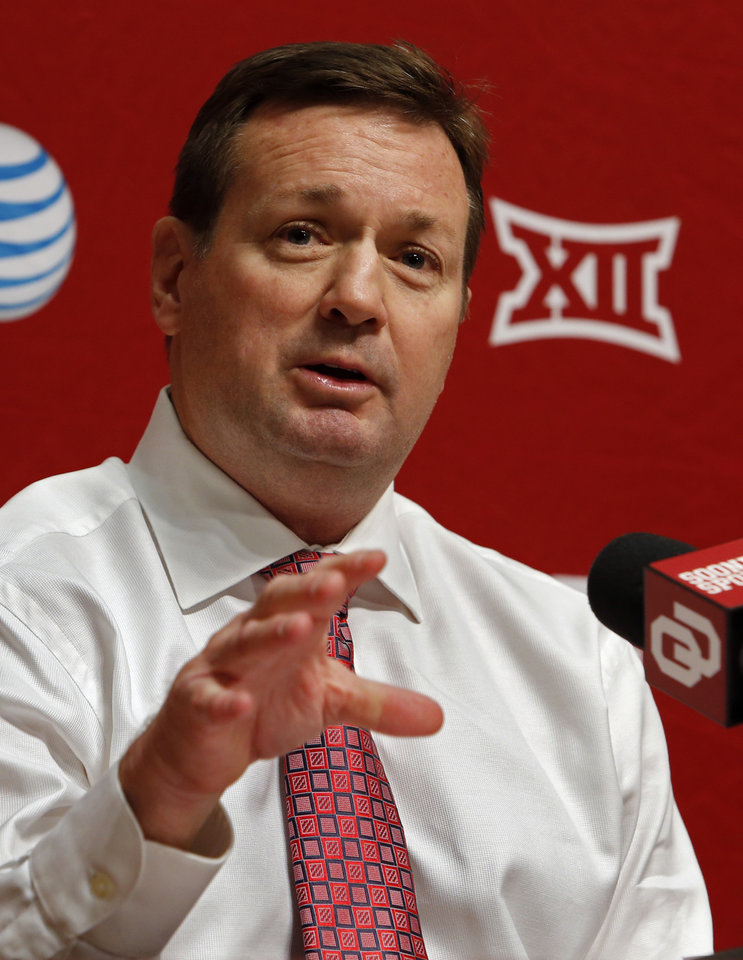 Photo - University of Oklahoma head football coach Bob Stoops holds his pre-Spring football practice press conference in the Adrian Peterson meeting room at Gaylord Family-Oklahoma Memorial Stadium in Norman, Okla., on Thursday, March 5, 2015. Photo by Steve Sisney, The Oklahoman