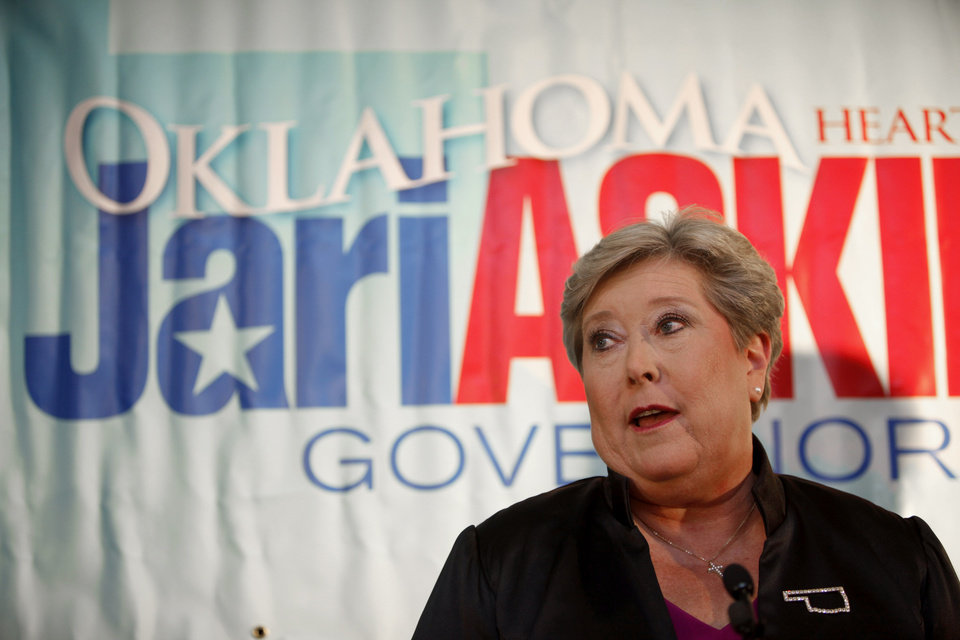 Photo - Democratic candidate for governor Jari Askins gives a concession speech during a watch party in Oklahoma City on Tuesday, Nov. 2, 2010. Photo by Bryan Terry, The Oklahoman