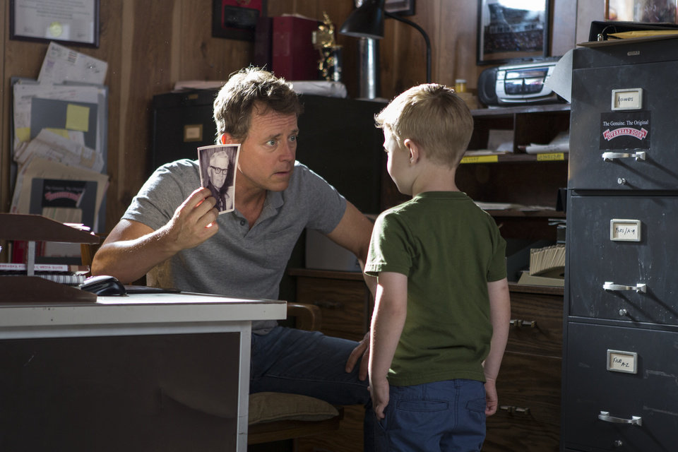 """Photo -  Greg Kinnear, left, and Connor Corum in a scene from """"Heaven Is for Real."""" AP Photo/Sony Pictures, Allen Fraser   Allen Fraser -"""