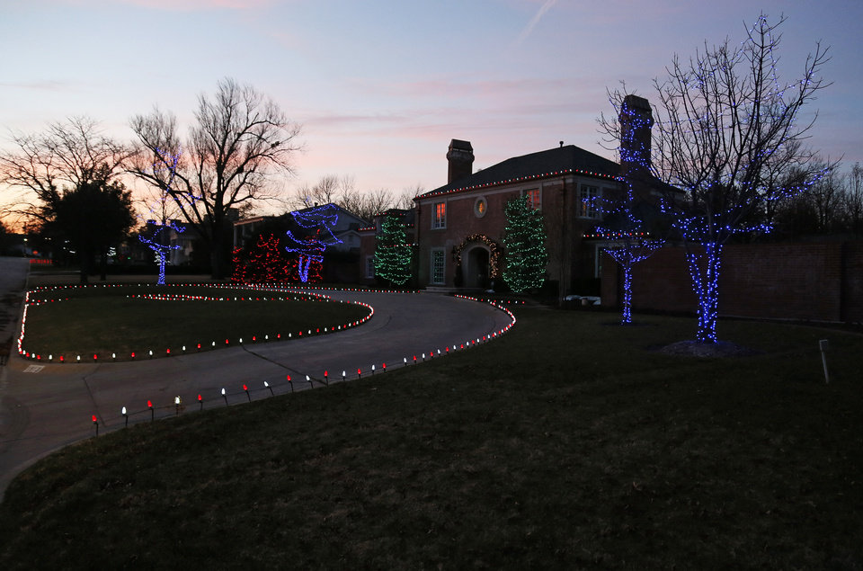 Photo - Christmas lights on Devonshire St. in Nichols Hills, Okla., Sunday, Dec. 9, 2012. Photo by Nate Billings, The Oklahoman