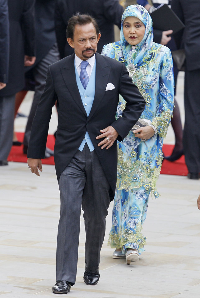 Photo - Sultan of Brunei Hasanal Bolkiah  leaves Westminster Abbey at the Royal Wedding in London Friday, April, 29, 2011. (AP Photo/Alastair Grant)  ORG XMIT: RWFO158