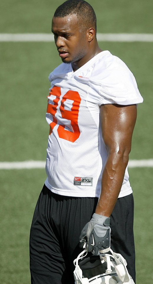 Photo - OSU's Richetti Jones during Oklahoma State University college football practice at Boone Pickens Stadium in Stillwater, Okla., Wednesday, August 5, 2009. Photo by Bryan Terry, The Oklahoman ORG XMIT: KOD