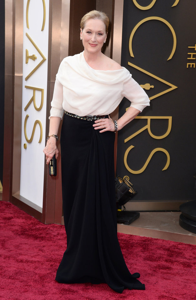 Photo - Meryl Streep arrives at the Oscars on Sunday, March 2, 2014, at the Dolby Theatre in Los Angeles.  (Photo by Jordan Strauss/Invision/AP)