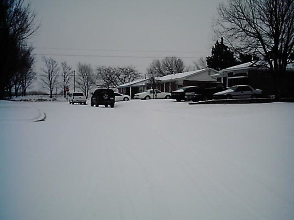 Our Road.<br/><b>Community Photo By:</b> Laura Medders<br/><b>Submitted By:</b> Laura, El reno