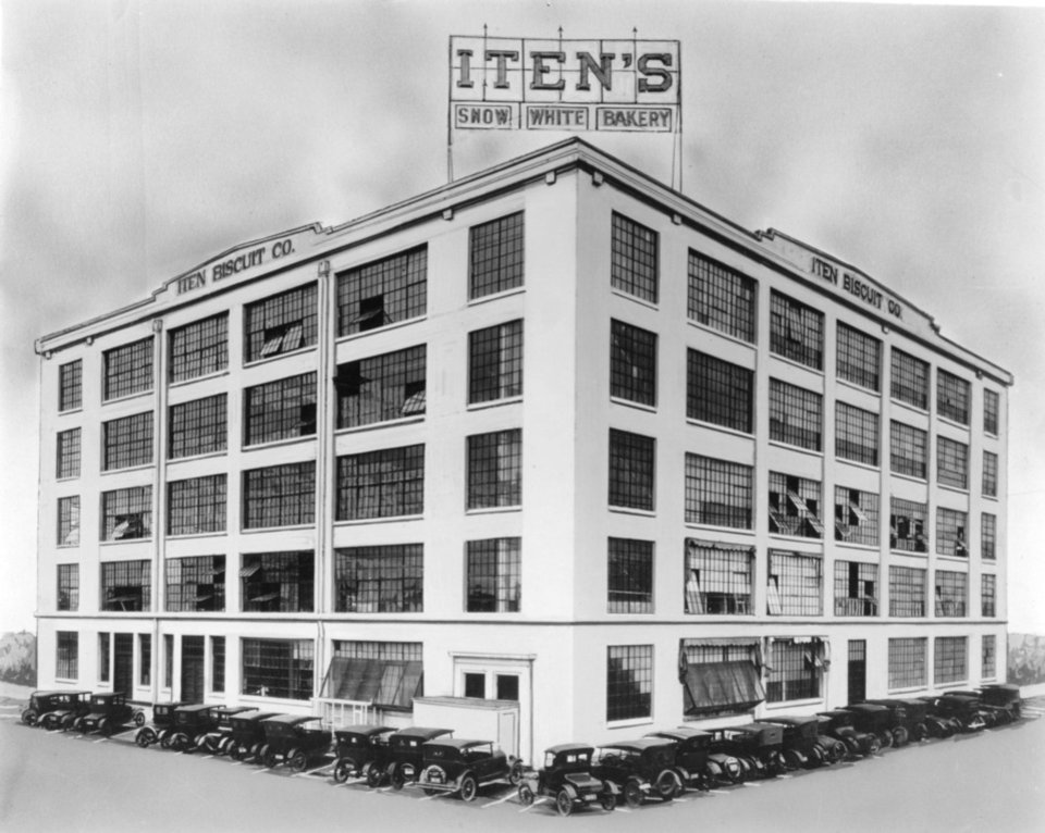 Photo - The old Iten Biscuit Co. is now a U-Haul center.  THE OKLAHOMAN ARCHIVES