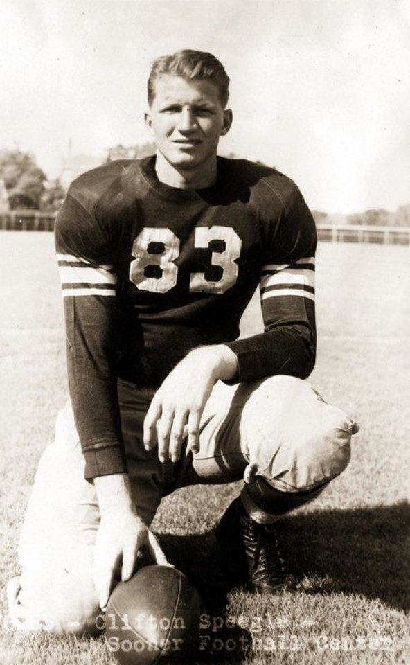 Photo - Cliff Speegle at OU. FROM THE OKLAHOMAN ARCHIVES  Picasa