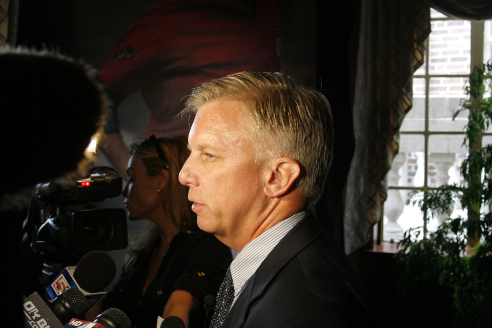 Astros general manager Ed Wade was in town for a reception on Wednesday. The Astros signed a two-year affiliation deal with the RedHawks. Photo by Mike Sherman, The Oklahoman