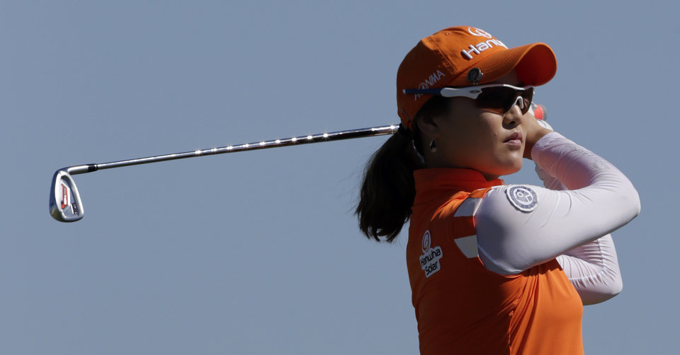 Photo -   So Yeon Ryu, of South Korea, watches her tee shot on the second hole during final round play in the Navistar LPGA Classic golf tournament, Sunday, Sept. 23, 2012, at the Robert Trent Jones Golf Trail in Prattville, Ala. (AP Photo/Dave Martin)