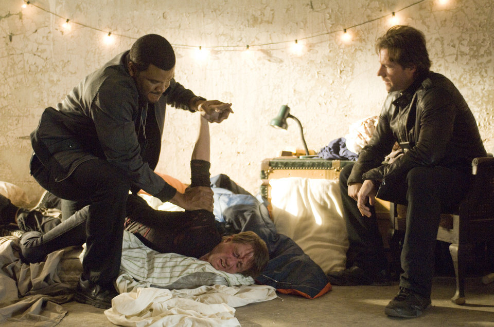 "Edward Burns, right, and Tyler Perry in a scene from ""Alex Cross.""  SUMMIT ENTERTAINMENT PHOTO <strong>SIDNEY BALDWIN</strong>"