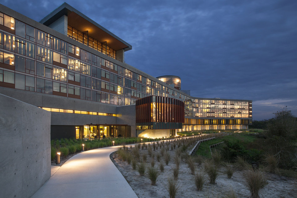 Photo - This 2013 image provided by Streamsong shows the exterior of the new Streamsong Resort in central Florida about 50 miles from Tampa. The new 16,000-acre luxury property has edgy modern architecture and two award-winning public golf courses and is located on what was once a phosphate mine.  (AP Photo/Alfonso Architects-Streamsong, Al Hurley)