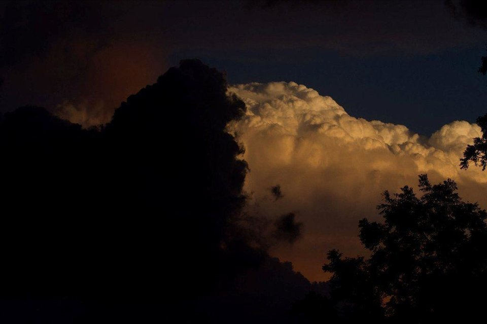 STORM IN SE NORMAN 10-22-11