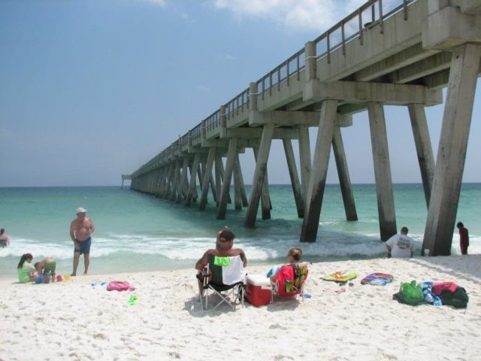 Navarre beach fishing pier a hidden gem for Fishing mexico beach fl