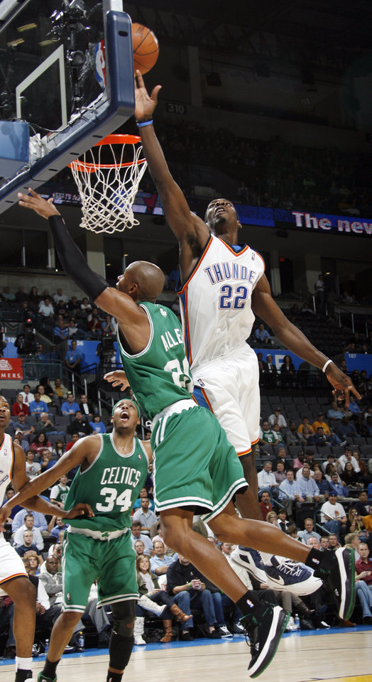 Jeff Green of Oklahoma City blocks the shot of Boston\'s Ray Allen in the second half during the NBA basketball game between the Oklahoma City Thunder and the Boston Celtics at the Ford Center in Oklahoma City, Wednesday, Nov. 5, 2008. Boston won, 96-83. BY NATE BILLINGS, THE OKLAHOMAN