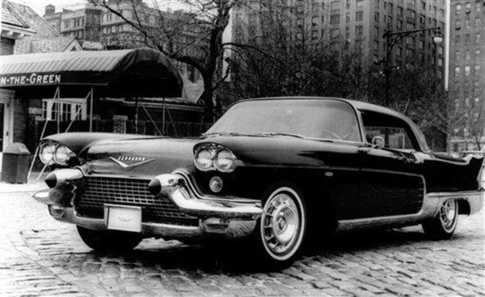 FILE - This file photo circa 1958 shows a Cadillac Eldorado, standing outside of New York's Tavern on the Green restaurant in Central Park. General Motors survived wars, strikes and the Great Depression churning out Chevys, Cadillacs and other vehicles that often defined their owners' status in life. But less than a year into its second 100 years, it's coming to the end of a road, ushered by the government into bankruptcy protection. (AP Photo/File)  ** zu unserem Korr **