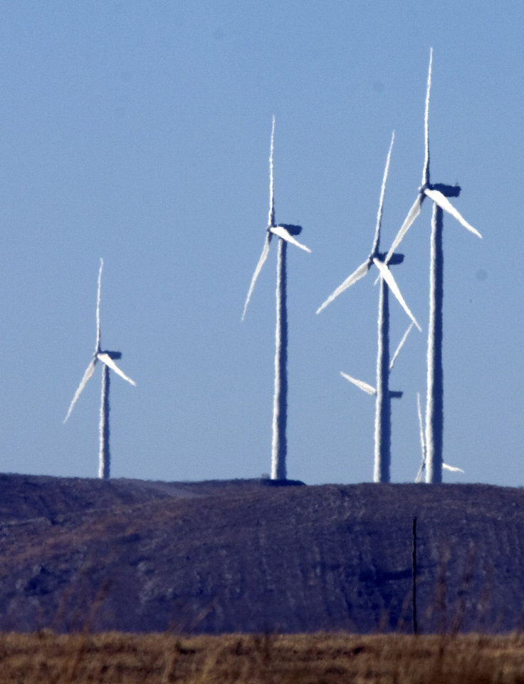 Wind turbines near near Elgin, Okla., are shown in this file photo from 2009. <strong>STEVE SISNEY - THE OKLAHOMAN ARCHIVES</strong>
