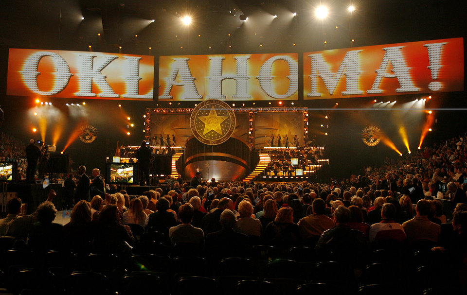Photo - The opening of the Centennial Spectacular to celebrate the 100th birthday of the State of Oklahoma at the Ford Center on Friday, Nov. 16, 2007, in Oklahoma City, Okla. Photo By CHRIS LANDSBERGER, The Oklahoman