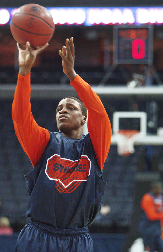 Photo - Syracuse's Jonny Flynn shoots the ball during  practice  Thursday. PHOTO BY CHRIS LANDSBERGER, THE OKLAHOMAN
