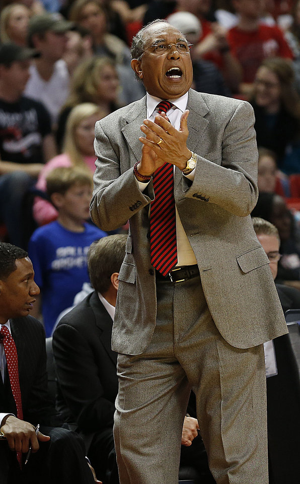 Photo - Texas Tech coach Tubby Smith applauds during an NCAA college basketball game against Baylor in Lubbock, Texas, Wednesday, Jan, 15, 2014. (AP Photo/Lubbock Avalanche-Journal, Tori Eichberger) ALL LOCAL TV OUT