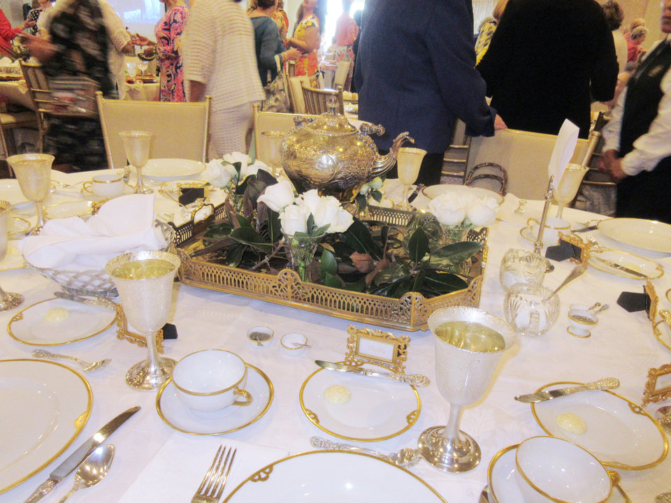 Photo - Table setting. PHOTO BY HELEN FORD WALLACE, THE OKLAHOMAN
