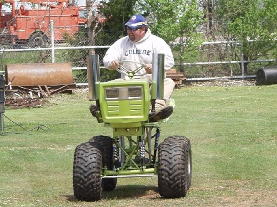 Rodney Hartley  Driving SodZilla at El Reno Grascar Lawnmower Racing Association track at Adams Park www.elrenograscar.com<br/><b>Community Photo By:</b> Reggie Terry Sr.<br/><b>Submitted By:</b> Reggie, Yukon