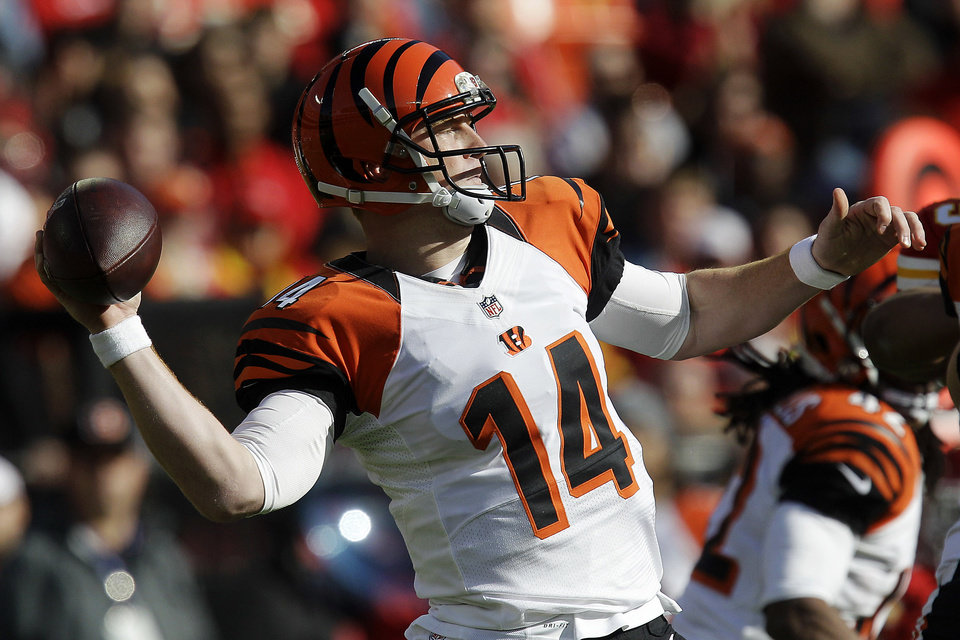 Photo -   Cincinnati Bengals quarterback Andy Dalton throws during the first half of an NFL football game against the Kansas City Chiefs, Sunday, Nov. 18, 2012, in Kansas City, Mo. (AP Photo/Chris Ochsner)
