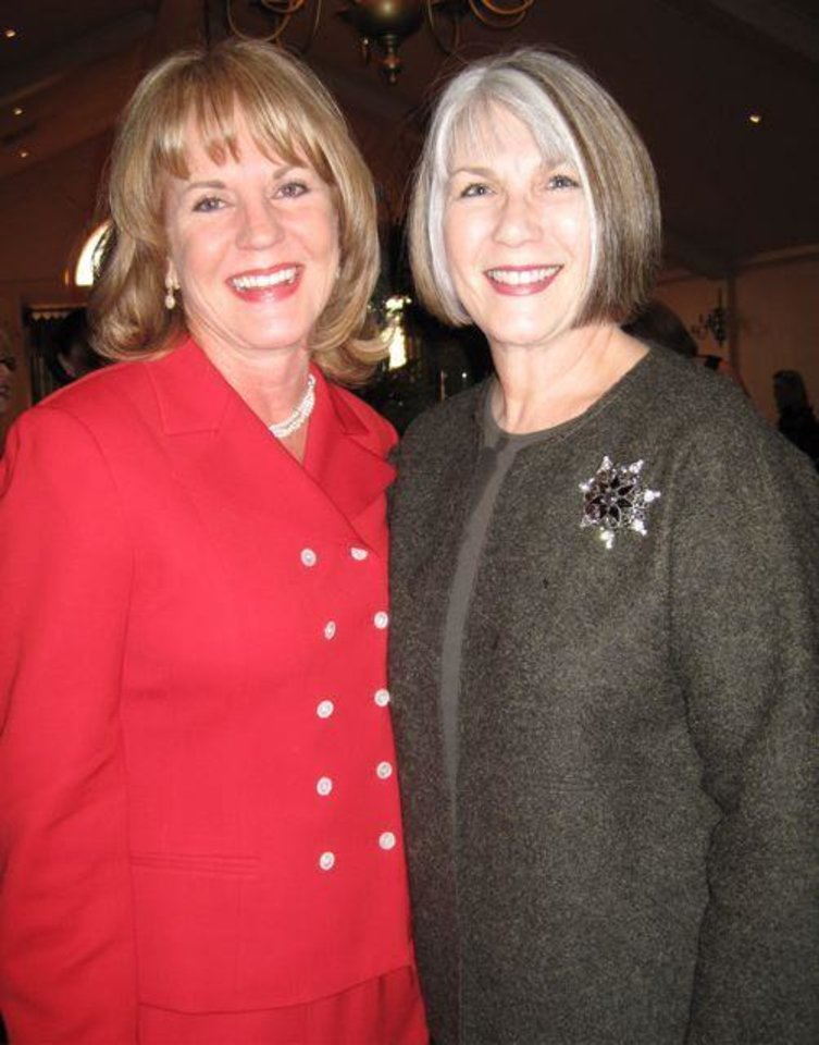 JUST GIRLS....Lori Hill and Jeary Seikel were at the party. (Photo by  Helen Ford Wallace)