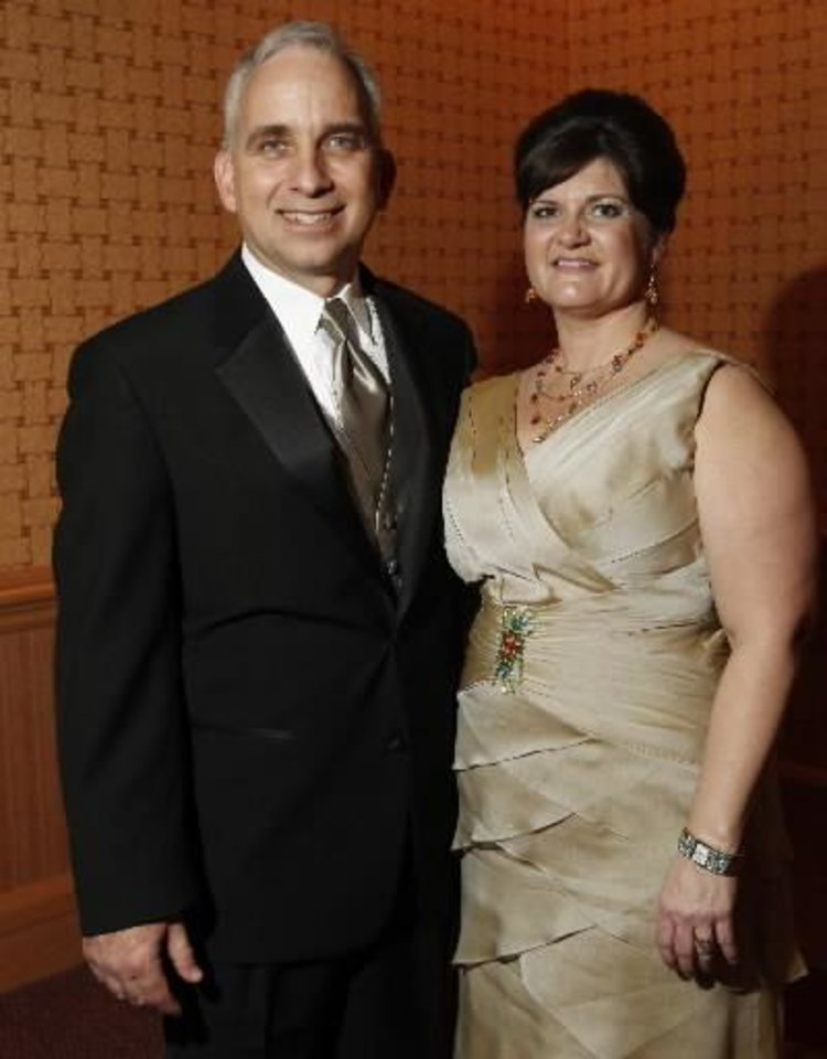 Chris and Allison Benge. PHOTO BY BRYAN TERRY, THE OKLAHOMAN
