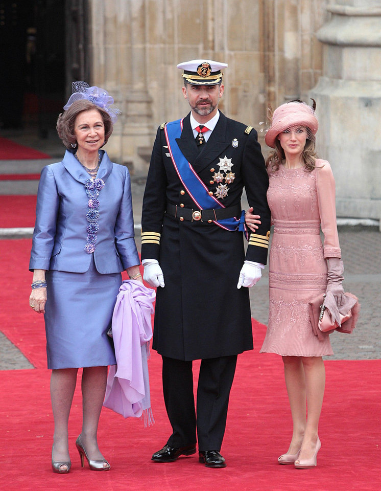 Photo - Spain's Prince Felipe is flanked by Princess Letizia, right, and Spain's Queen Sofia arrive at Westminster Abbey in London where Britain's Prince William and Kate Middleton will marry, Friday April 29, 2011. (AP Photo/PA, Lewis Whyld) UNITED KINGDOM OUT NO SALES NO ARCHIVE ORG XMIT: RWBJ808