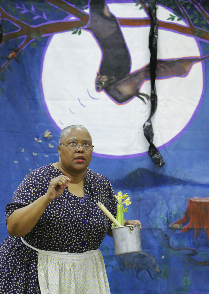 """Photo - Trena Brown portrays a character from """"See a Play, Dream a Dream."""""""