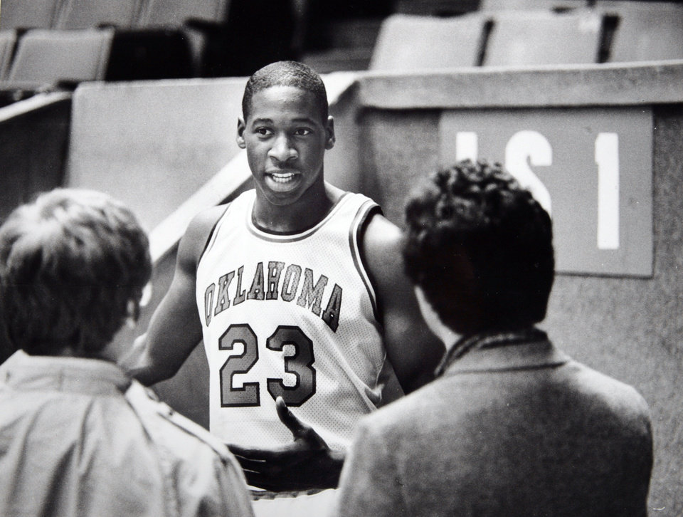 Photo - Former OU basketball player Wayman Tisdale. Wayman Tisdale is the youngest winner of the Headliner of the Year award in Oklahoma. Staff photo by Doug Hoke. Photo taken 11/16/1983, Photo published 1/6/1984, 3/9/1984 in The Daily Oklahoman. ORG XMIT: KOD