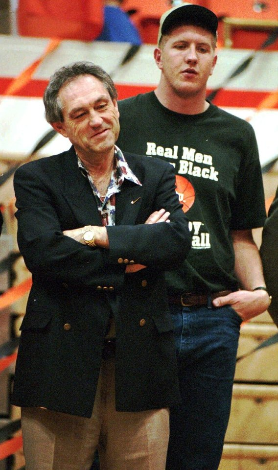 Photo -  Coach Eddie Sutton and soon-to-be NBA lottery pick Bryant Reeves led OSU to the 1995 Final Four. [OKLAHOMAN ARCHIVES]