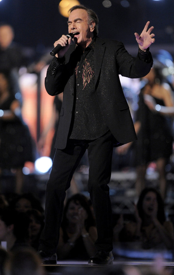 Photo - Neil Diamond performs at the 51st Annual Grammy Awards on Sunday, Feb. 8, 2009, in Los Angeles. (AP Photo/Mark J. Terrill)