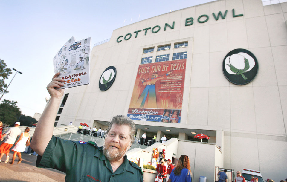 Photo - The OU-Texas game has been played continuously at the Cotton Bowl since 1929.  PHOTO BY CHRIS LANDSBERGER, THE OKLAHOMAN
