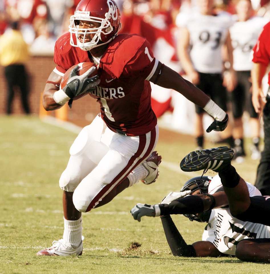 Photo - Dallas selected OU receiver Manuel Johnson with its final pick of the seventh round.  Photo BY STEVE SISNEY, THE OKLAHOMAN