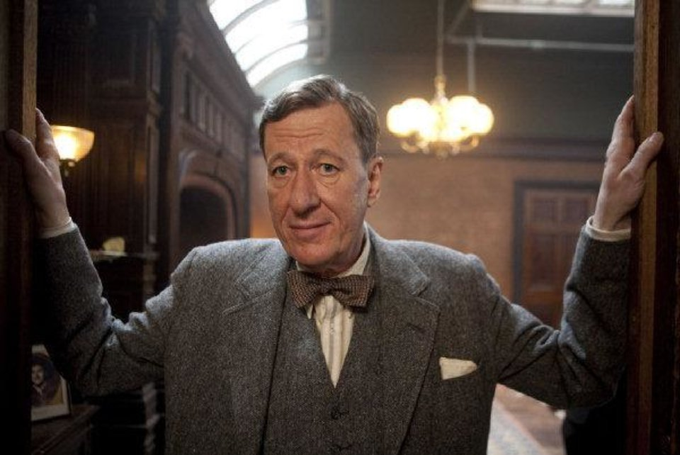 "Geoffrey Rush portrays speech therapist Lionel Logue in ""The King's Speech."" THE WEINSTEIN CO. PHOTO <strong>Laurie Sparham</strong>"